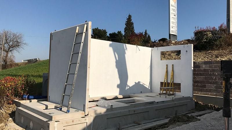 Cabina Enel DG2092 - Montaggio pareti